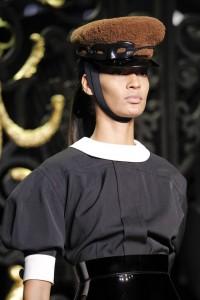 Détail défilé Louis Vuitton Automne/hiver 2011-2012 - image extraite de www.vogue.fr