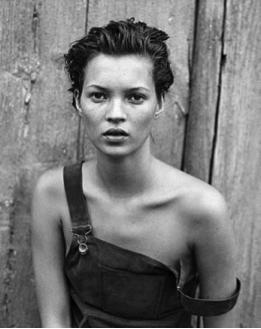 Premier shooting de Kate Moss pour Calvin Klein en 1992.