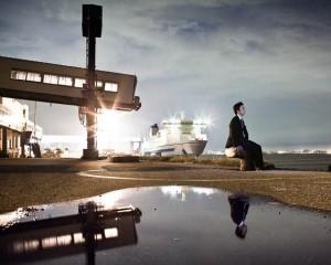 © Stéphane Remael, in Les évaporés du Japon. «Sur ce quai de la baie de Tokyo, le frère de Tsuyoshi Miyamoto est monté sur un ferry pour ne jamais revenir. Le garçon a disparu le 3 mai 2002, à 24 ans.»