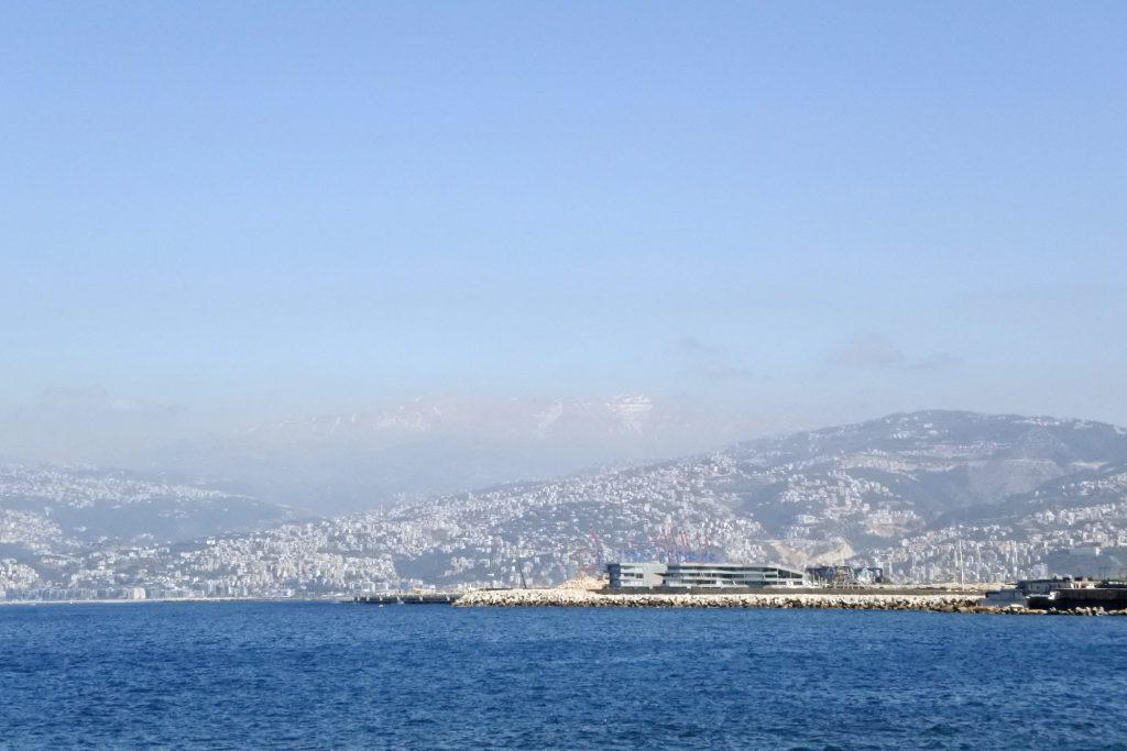 La montagne derrière le littoral au nord de Beyrouth. ©Louise Filoche-Rommé