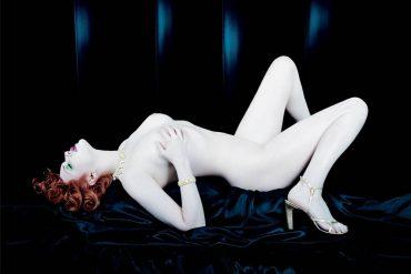nu-Yves Saint Laurent - Opium-manifesto21