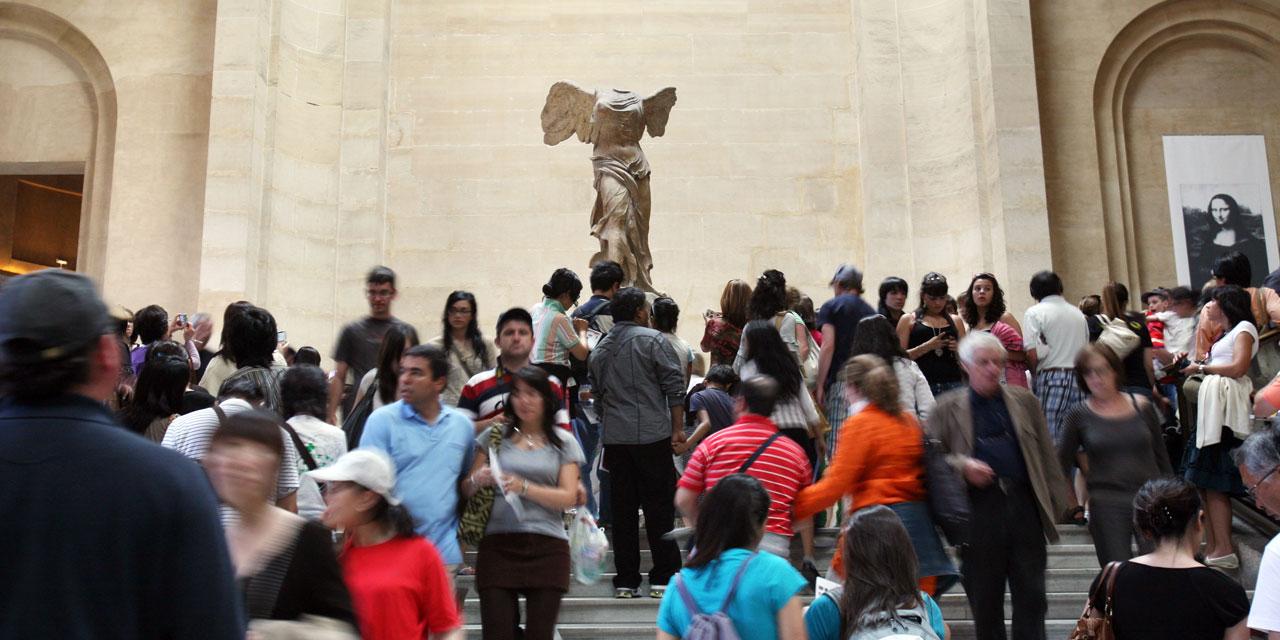 le-louvre-est-reste-le-musee-le-plus-visite-du-monde-en-2015