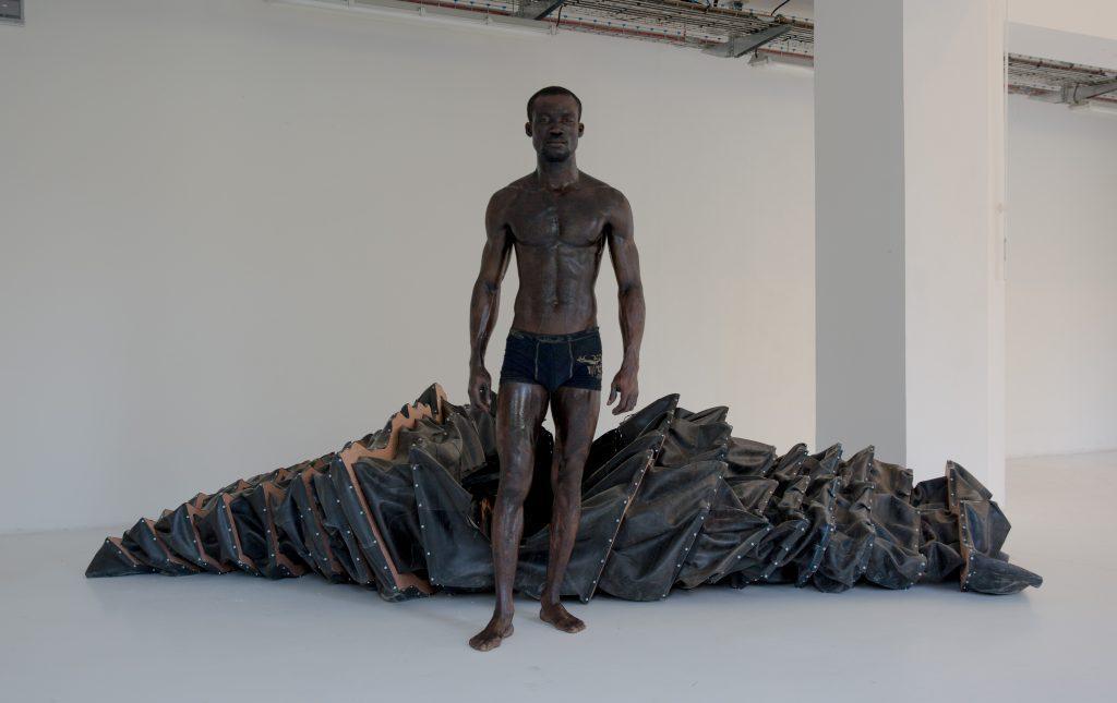 Twenty-eight minutes inside (performance) © Makouvia Kokou Ferdinand