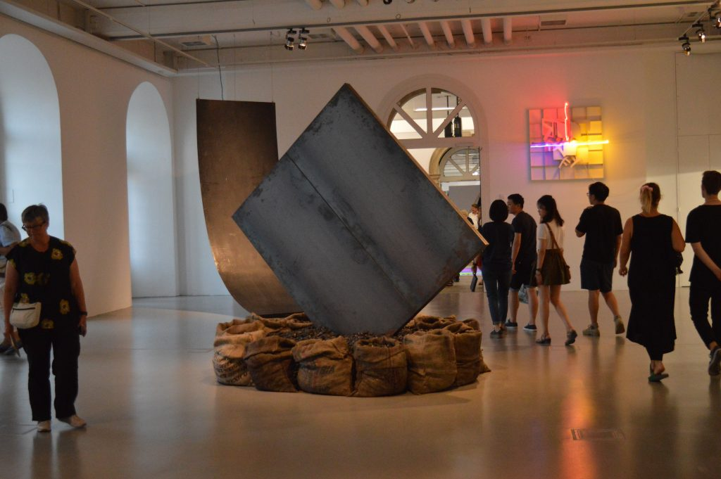 ANTIDORON: Works from the EMST Collection at documenta 14, Fridericianum, Cassel, photo : Mylène Palluel