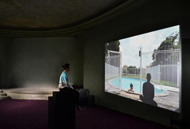 Installation au Palais de Tokyo lors de Do Disturb, Paris, avril 2016 © Clara Borgen