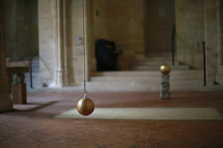 Edgar Sarin, Un minuit que jamais le regard, là, ne trouble, exhibition view, Collège des Bernardins, Paris 2017