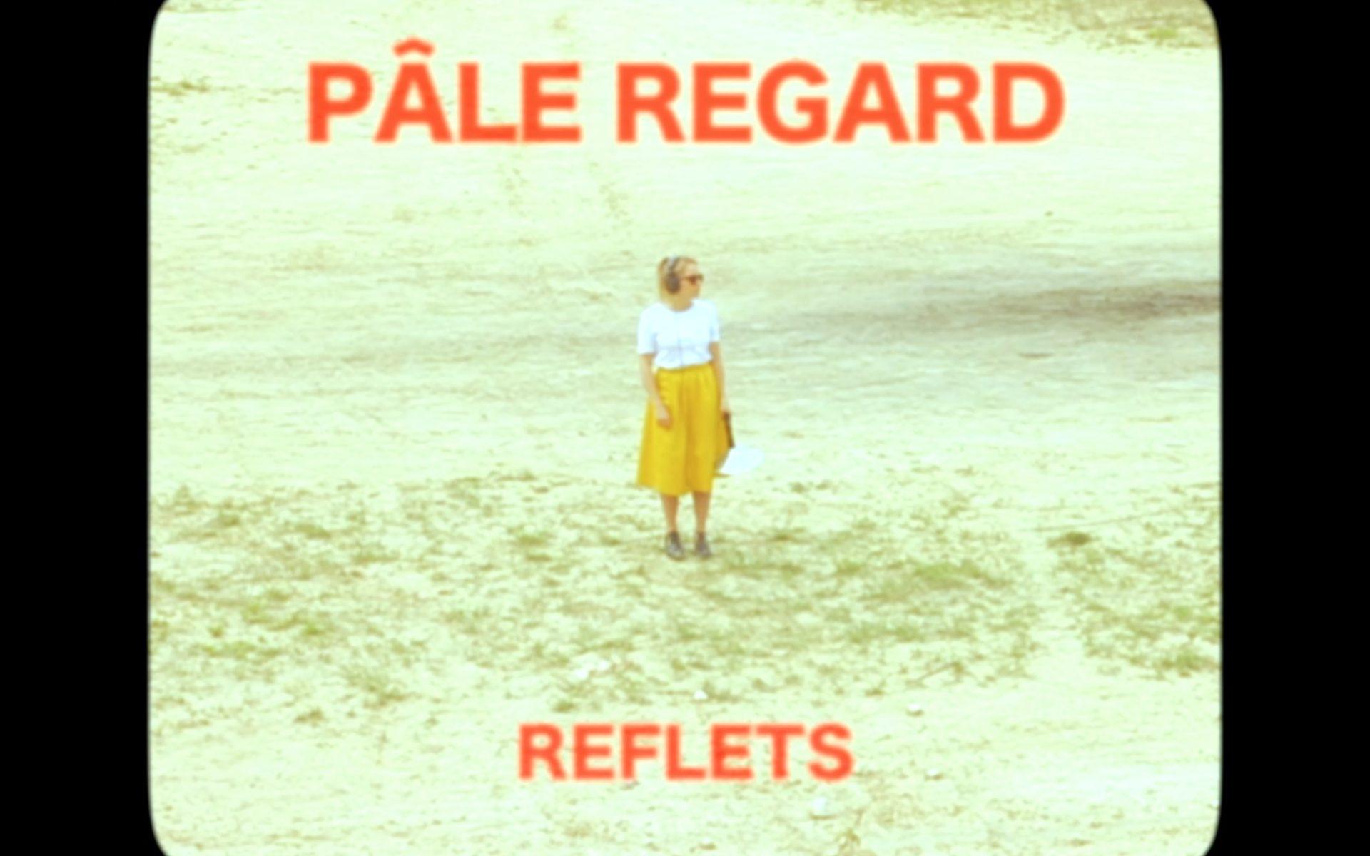 © pâle regard